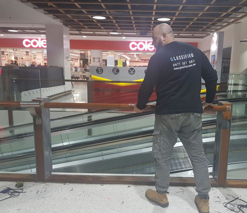commercial-glass-repairs-sydney-installation-1