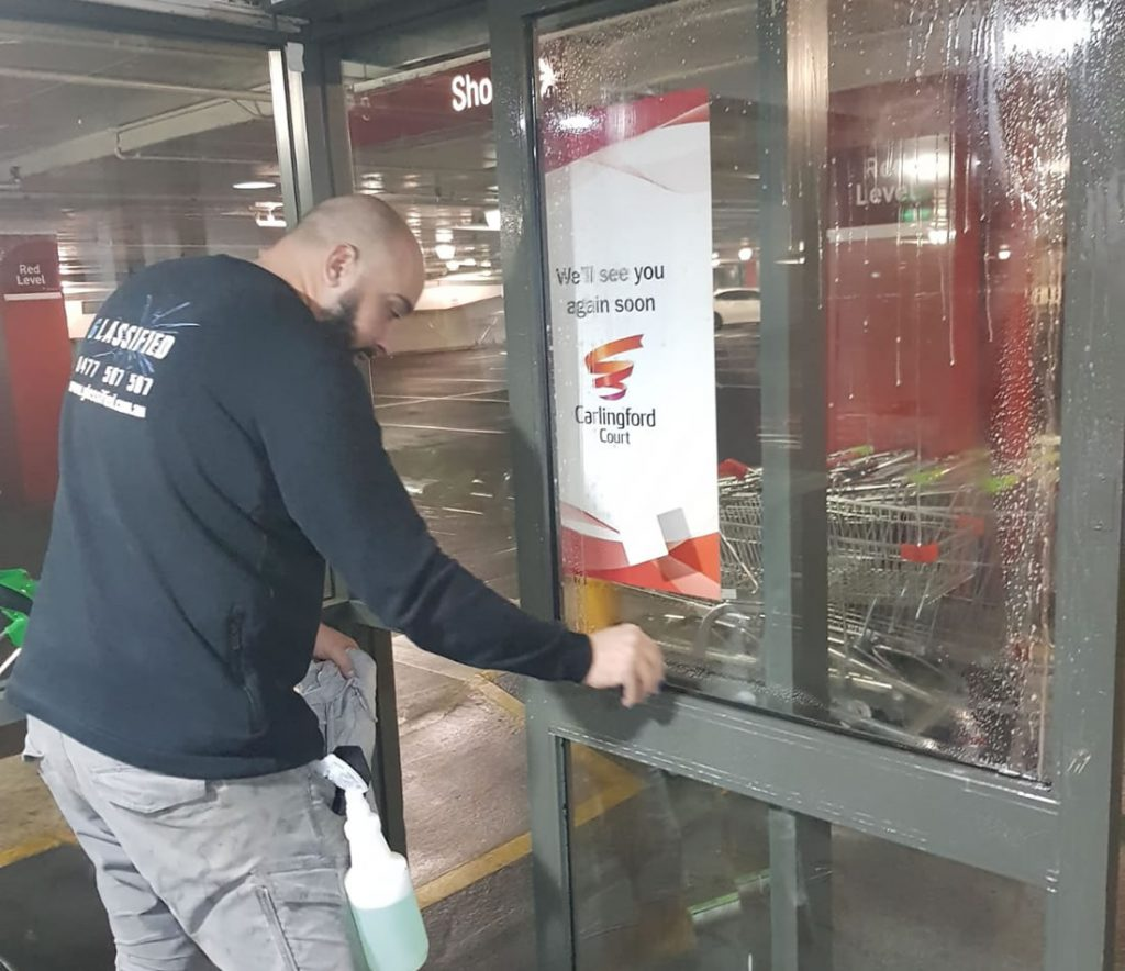commercial-glass-repairs-sydney-installation-4