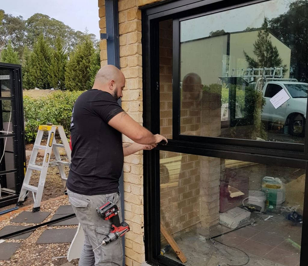 RESIDENTIAL-glass-repairs-sydney-installation-sliding-doors-2