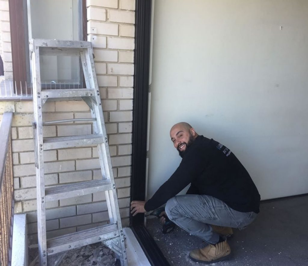 RESIDENTIAL-glass-repairs-sydney-installation-sliding-doors-b