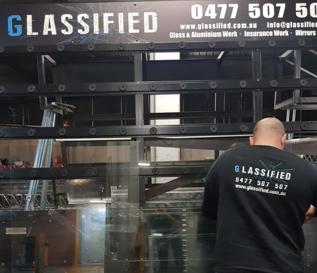 commercial-glass-repairs-sydney-installation
